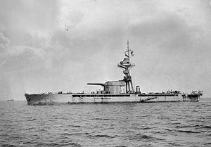 300px-HMSMarshalNeyUnderwayPortsideView1915