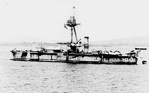 300px-HMS_Raglan_(1915)